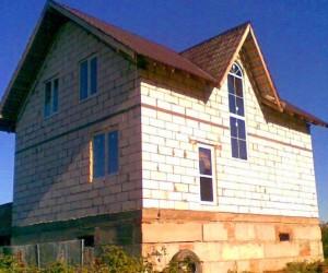 Строим дом из  пеноблоков 8×10 своими руками