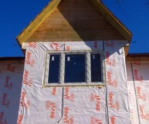 Окна в загородный дом каркасного типа