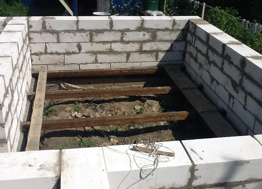 Строим баню из шлакоблока