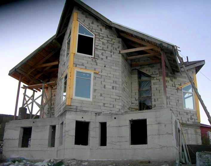 самый-дешевый-дом-из-пеноблоков
