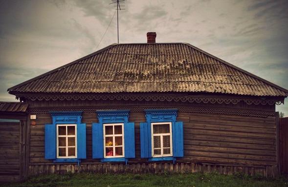 Старый-деревянный-дом