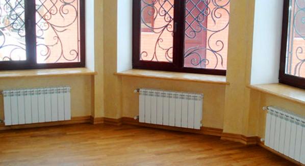 Радиаторное-отопление-загородного-дома